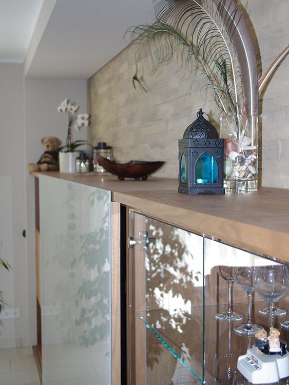schreinerei-manus-wohnzimmer-schrank-rechts-detail