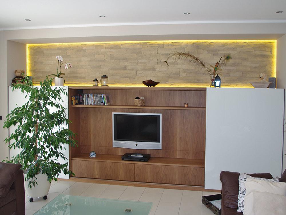 schreinerei-manus-wohnzimmer-schrank-rechts