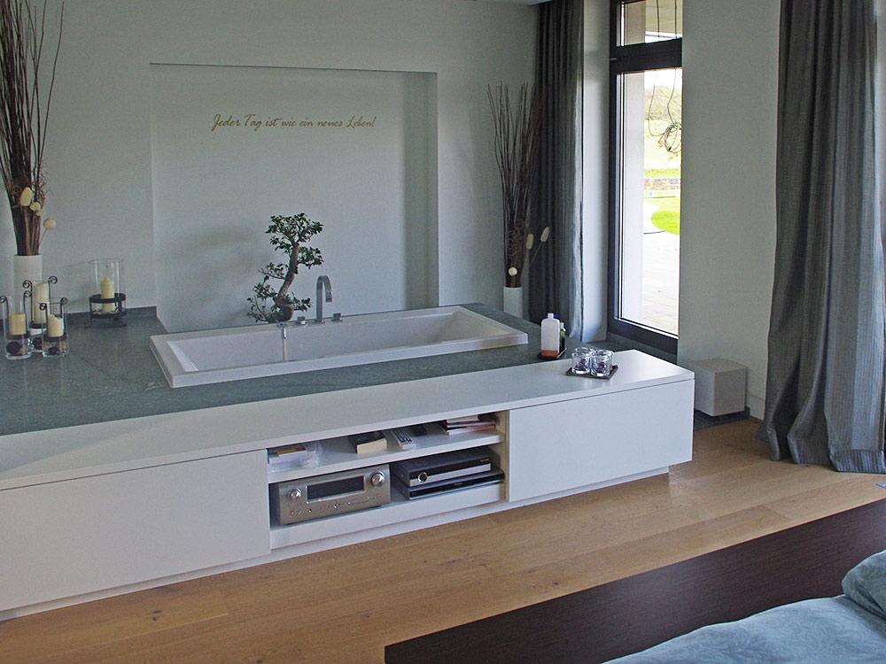 schreinerei-manus-schlafzimmer-mit-bad